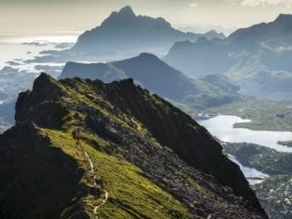 Motorradreise Nordkap ungefuehrt Berge 4